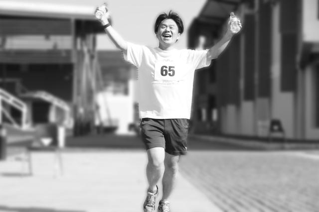 cheering runner RRR
